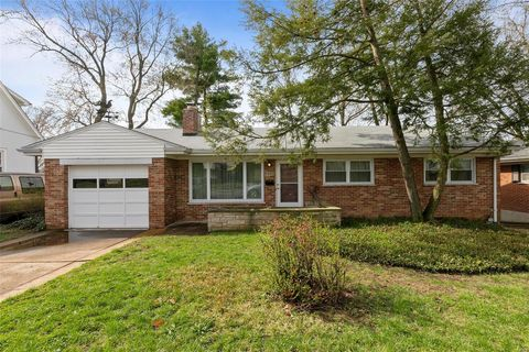 Brentwood Mo Real Estate Brentwood Homes For Sale Realtor Com