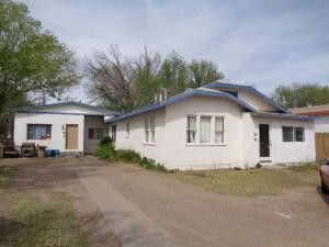 Photo of 310 Chaves Ave, Belen, NM 87002