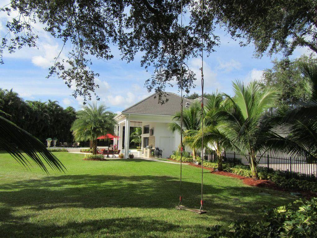 8725 Native Dancer Rd N, Palm Beach Gardens, FL 33418