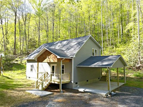 Photo of 44 Laurel Branch Rd, Sylva, NC 28779