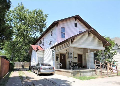 Photo of 2311 Market Ave, Fort Worth, TX 76164