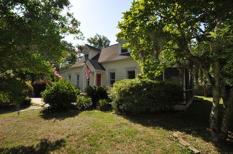 Photo of 2189 Wappoo Hall Rd, Charleston, SC 29412