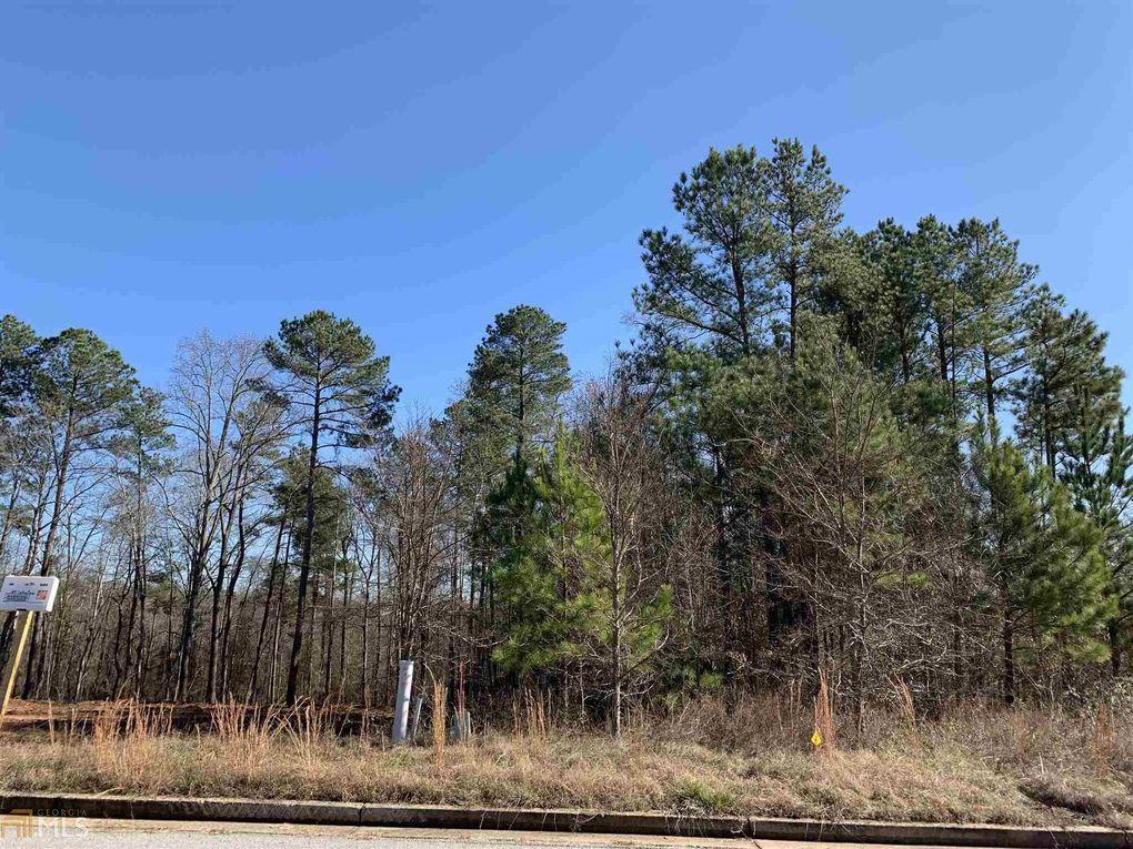 986 Golden Meadows Ln Loganville, GA 30052