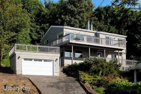 Photo of 1058 California Ln Sw, Seattle, WA 98116