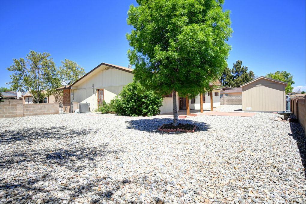 800 Littler Dr SE Rio Rancho, NM 87124