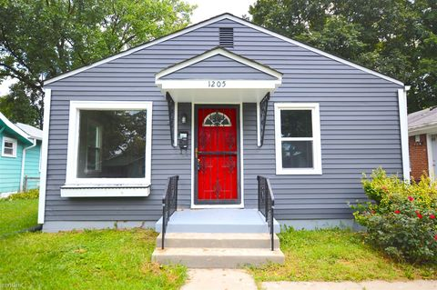 Photo of 1205 N Chester Ave, Indianapolis, IN 46201