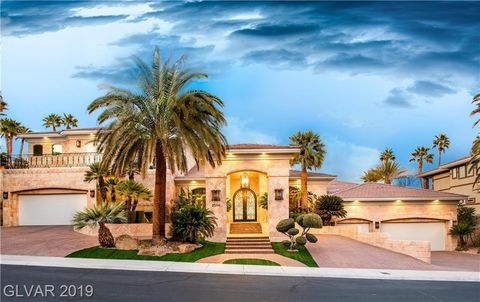Las Vegas Real Estate >> Las Vegas Nv 5 Bedroom Homes For Sale Realtor Com