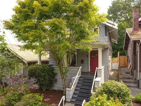 Photo of 2912 3rd Ave N, Seattle, WA 98109
