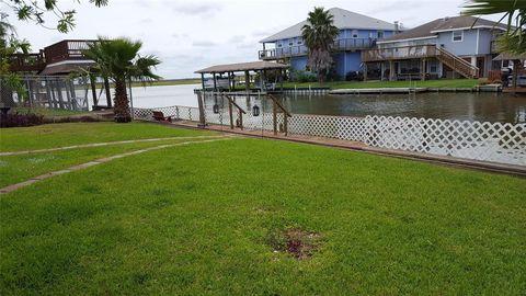 Photo of 217 Barracuda St, Bayou Vista, TX 77563