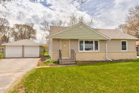 Beautiful Photo Of 160 91st Ave Ne, Blaine, MN 55434. House For Sale