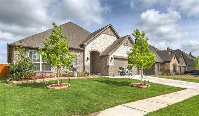 2760 Chimney Rock Rd, Burleson, TX 76028