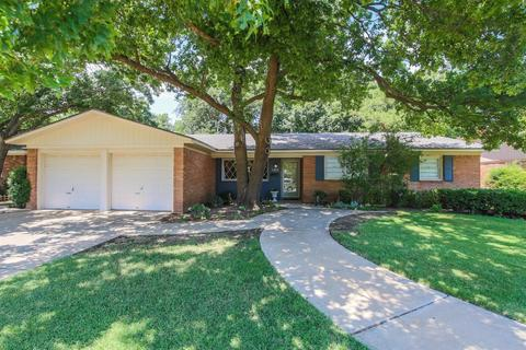 3412 62nd St, Lubbock, TX 79413