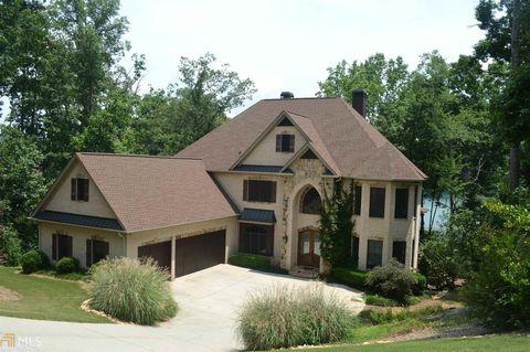 9045 Hayes Dr, Gainesville, GA 30506