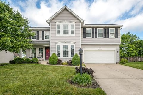 Photo of 1027 Whitetail Dr, Fairborn, OH 45324