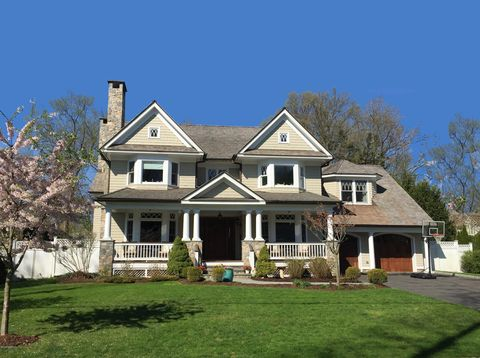 Photo of 55 Park Ave, Old Greenwich, CT 06870