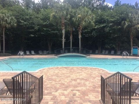 Photo of 1702 Forest Creek Dr, Jacksonville, FL 32225