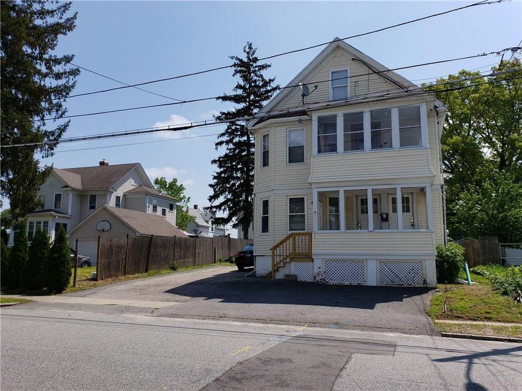 216 Garden St Unit 1, Cranston, RI 02910