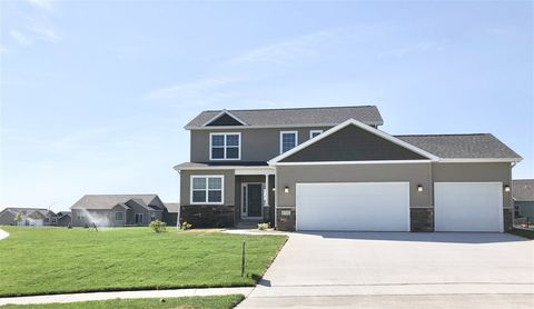 Photo of 2702 Arbor Way Blvd, Cedar Falls, IA 50613