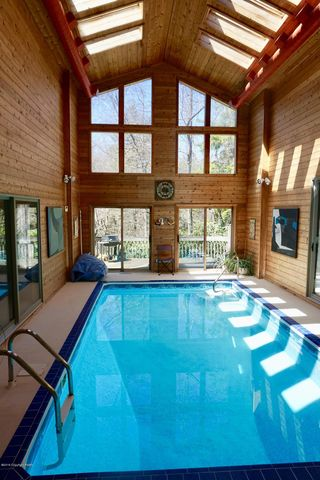 Pocono Lake Preserve, PA Houses for Sale with Swimming Pool ...