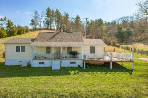 3356 Iron Ridge Rd, Woodlawn, VA 24381