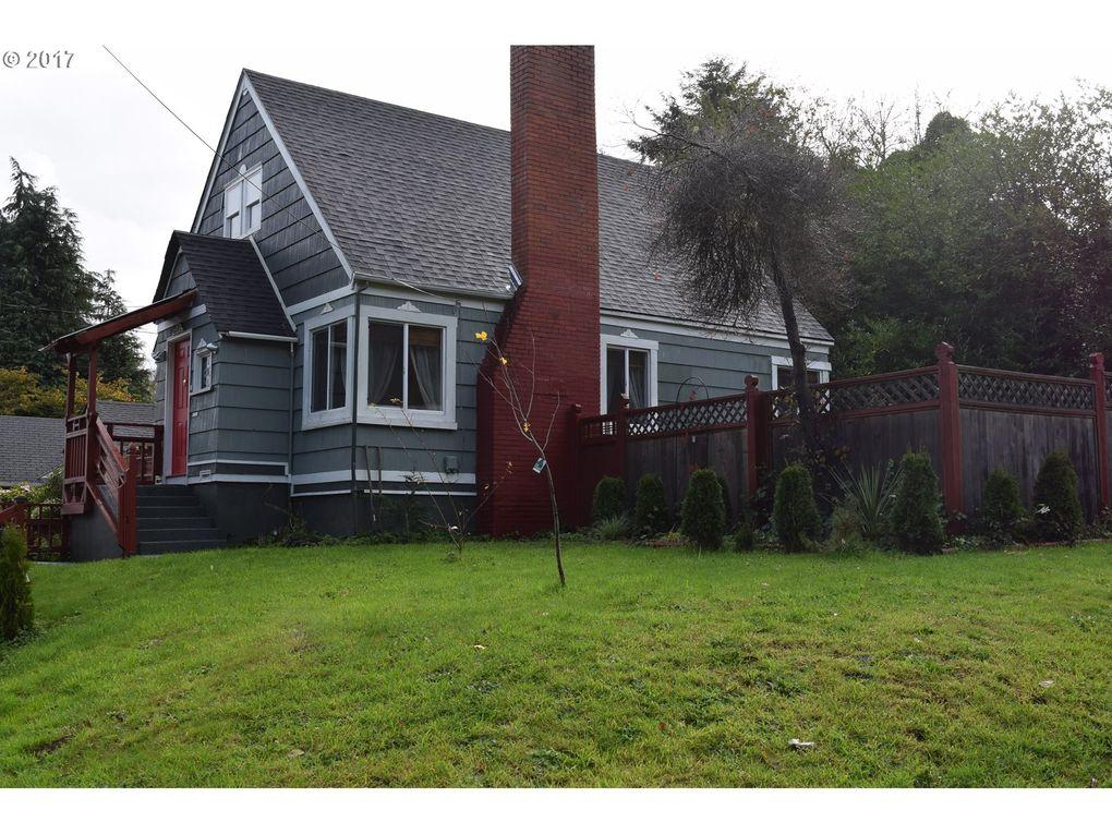 1189 Elrod Ave, Coos Bay, OR 97420