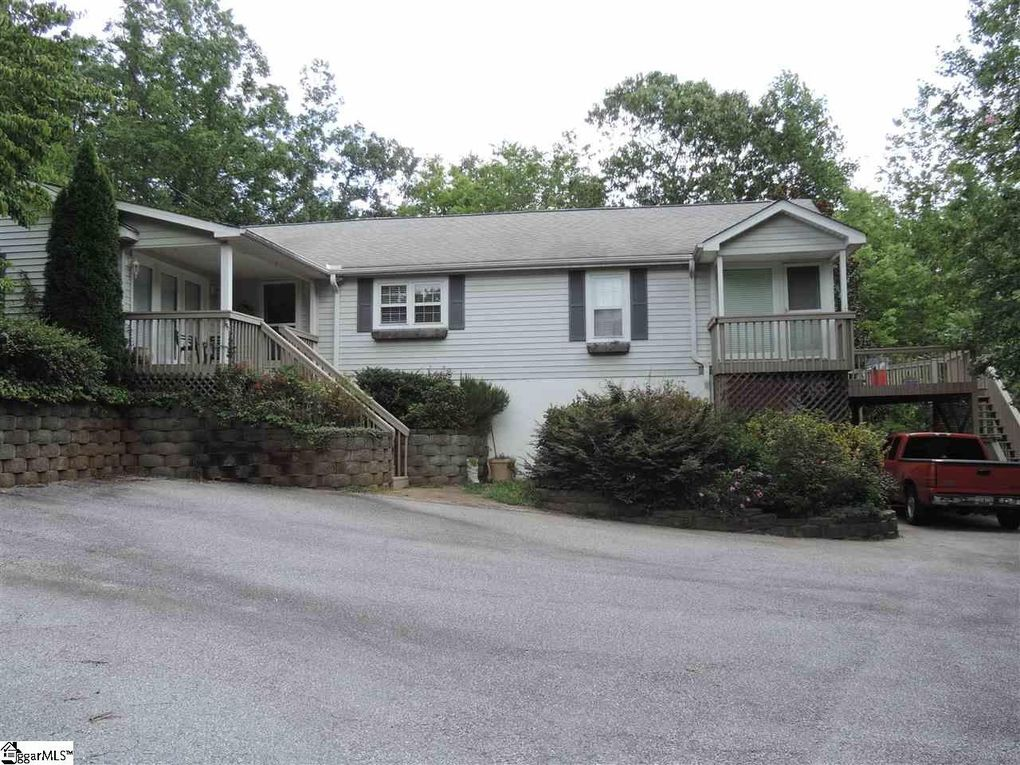 Homes For Sale In Landrum Sc With A Mountain View