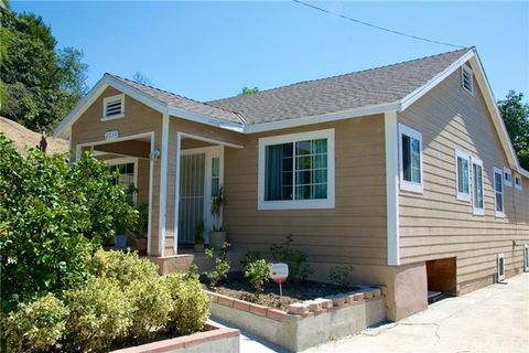 2714 Crestmoore Pl, Glassell Park, CA 90065