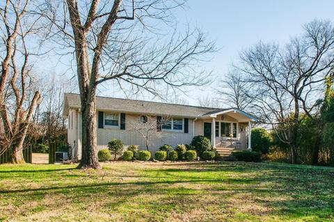 121 Gaile Dr, Old Hickory, TN 37138