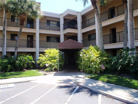Photo Of 865 S Gulfview Blvd Apt 102 Clearwater Fl 33767