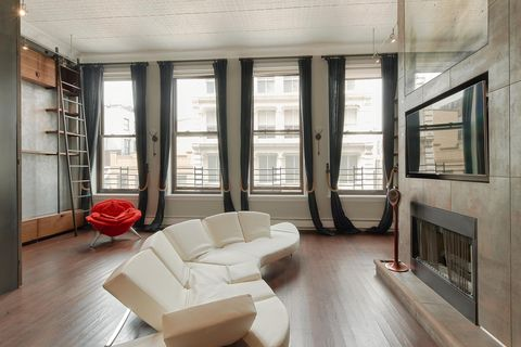 Photo Of 46 Mercer St Apt 4 W New York Ny 10013 Condo For Rent