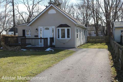 Photo of 958 Quentin Rd, Eastlake, OH 44095