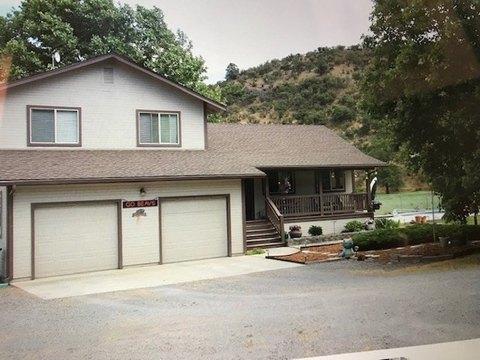 8600 Guys Gulch Rd, Yreka, CA 96097