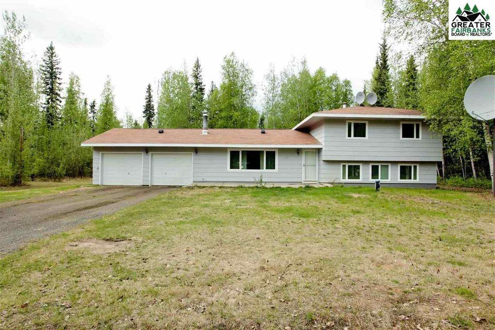 3383 Osage St, North Pole, AK 99705