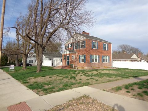 Photo of 2200 Ash St, Hays, KS 67601