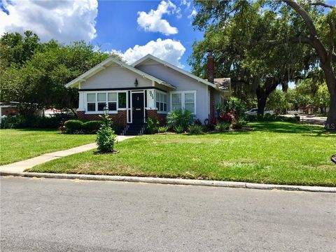 Photo of 301 Allamanda Dr, Lakeland, FL 33803