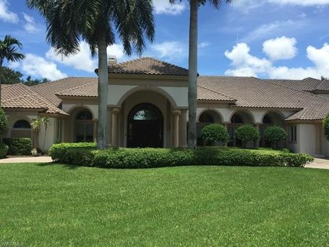 13650 Pondview Cir, Naples, FL 34119. House For Rent