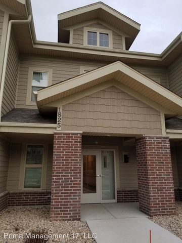 Photo of 1825 Opus Ln Unit 202, Verona, WI 53593