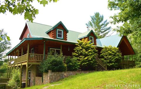 264 Deer Crossing Rd, Piney Creek, NC 28663