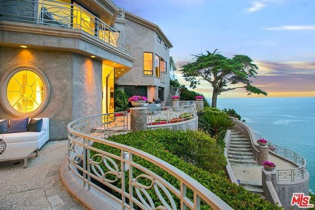 199 emerald bay laguna beach ca 92651 for Laguna beach house prices