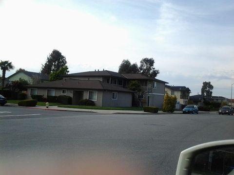 Photo of 1590 Diablo Dr Apt B, Hollister, CA 95023