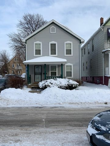 Photo of 1924 N 24th Pl, Milwaukee, WI 53205