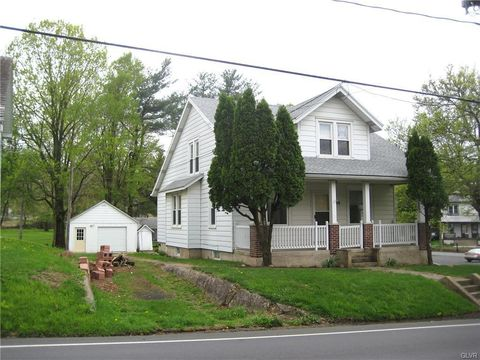 Photo of 2010 Leithsville Rd, Lower Saucon Township, PA 18055
