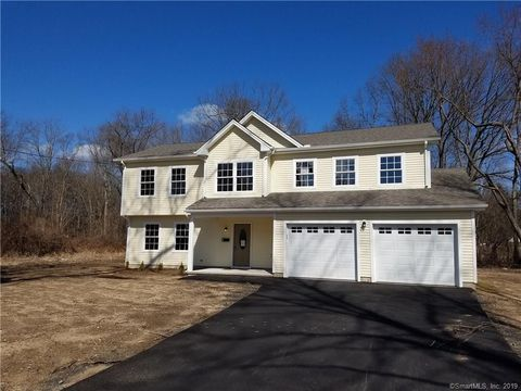Photo of 35 Banfield Ln, Bloomfield, CT 06002