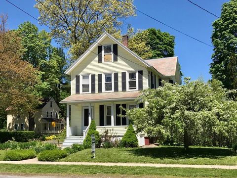 Photo of 33 Allen St, Greenfield, MA 01301