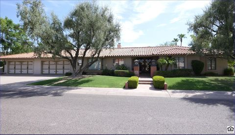 Photo of 8176 E Del Barquero Dr, Scottsdale, AZ 85258