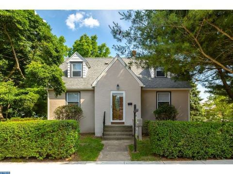 3812 Mary St, Drexel Hill, PA 19026