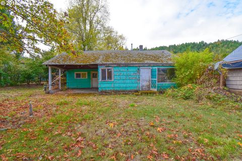 Photo of 170 Berthel Ave, Canyonville, OR 97417