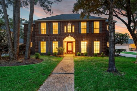 Photo of 13307 Finch Brook Dr, Cypress, TX 77429