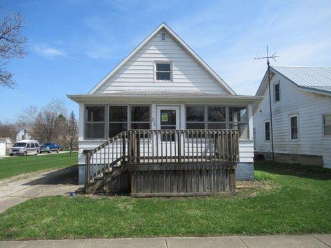 Photo of 216 S Sangamon Ave, Gibson City, IL 60936