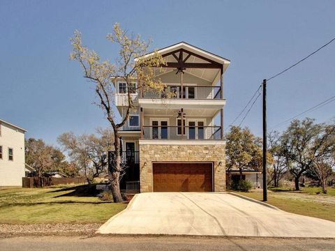 Photo of 1513 Hill Top Dr, Granite Shoals, TX 78654